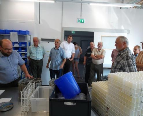 Teilnehmer der VDL-Exkursion zum Landeskontrollverbandes (Foto: Weinbach)