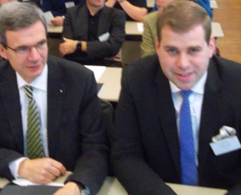Der VDL Rheinland-Pfalz / Saarland unter sich - Ehrenvorsitzender Dr. Christian Land und Landesvorsitzender Peter Jung auf dem Agrartag an der TH Bingen (Foto: Weinbach)